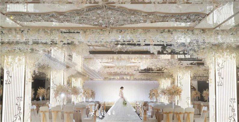 婚礼堂发布:千万匠心打造!10米挑高剧院式宴会厅  第7张