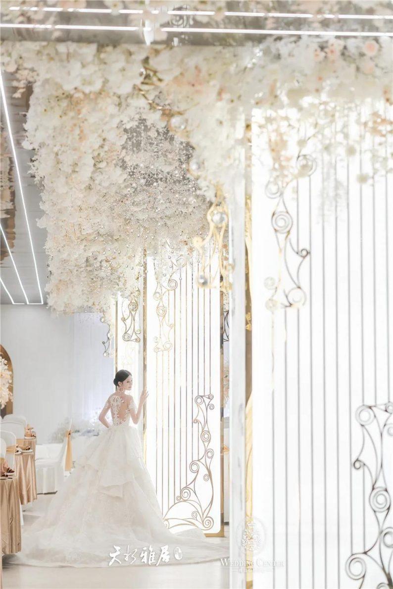 婚礼堂发布:千万匠心打造!10米挑高剧院式宴会厅  第8张