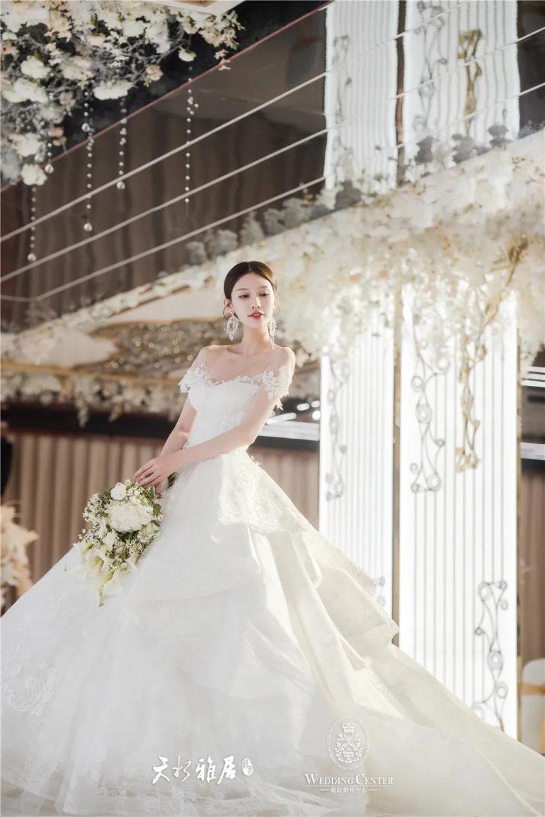 婚礼堂发布:千万匠心打造!10米挑高剧院式宴会厅  第11张