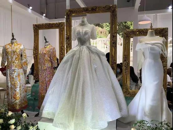 信号:上海婚博会首日成交额4.24亿!(附商家展位图)  第4张