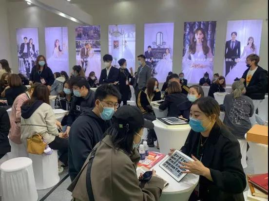信号:上海婚博会首日成交额4.24亿!(附商家展位图)  第5张