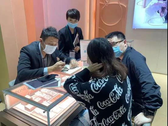 信号:上海婚博会首日成交额4.24亿!(附商家展位图)  第6张