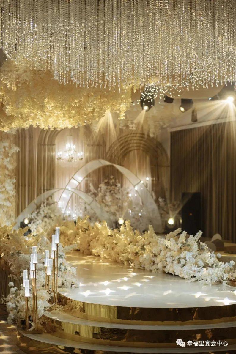 婚礼堂发布:幸福里宴会中心,打造1000平轻奢花园式宴会厅  第2张