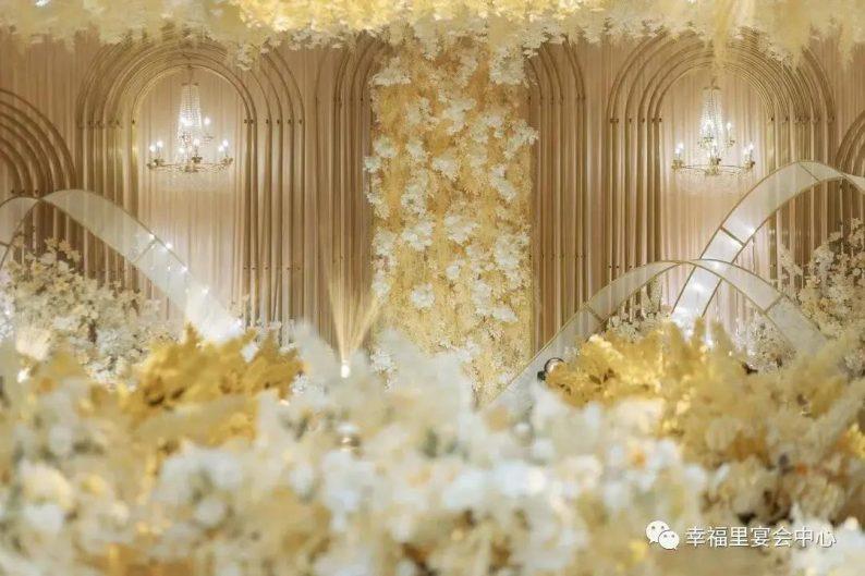 婚礼堂发布:幸福里宴会中心,打造1000平轻奢花园式宴会厅  第3张