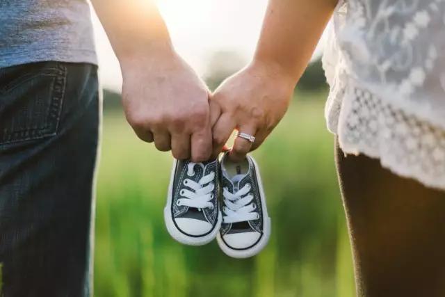 掀开中国式婚恋背后的面纱:六成父母介绍相亲
