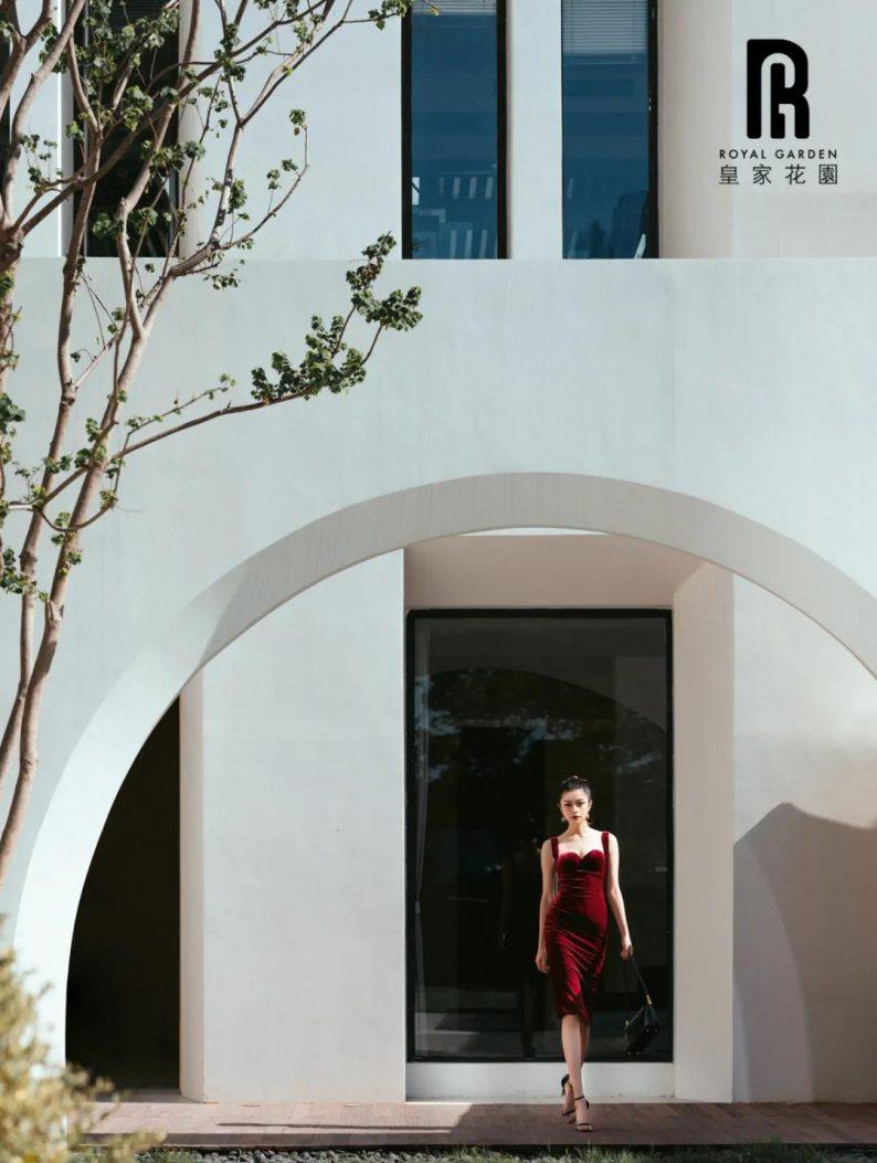 婚礼堂发布:南京网红新地标!皇家花园·法式格调婚礼会馆  第17张