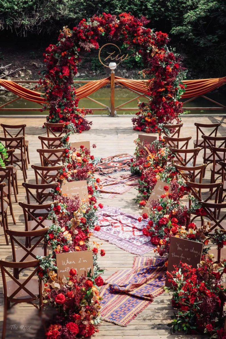 花漾婚礼堂:岛城首个湖畔&木屋婚礼场地  第2张