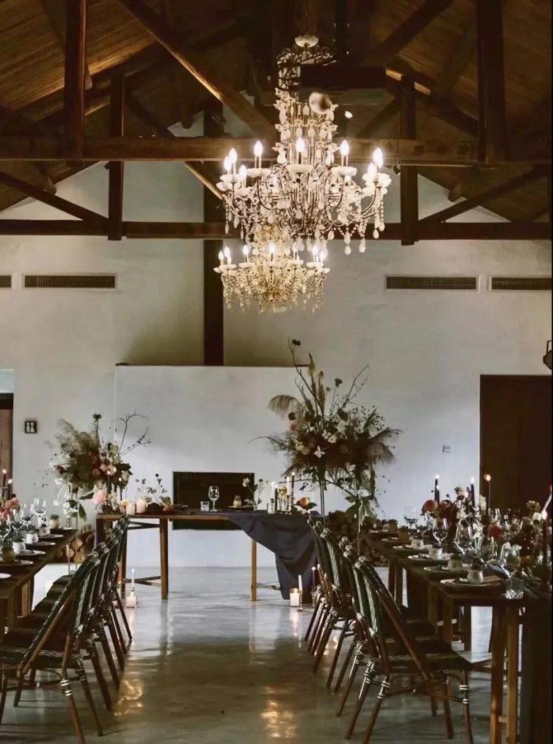 花漾婚礼堂:岛城首个湖畔&木屋婚礼场地  第4张
