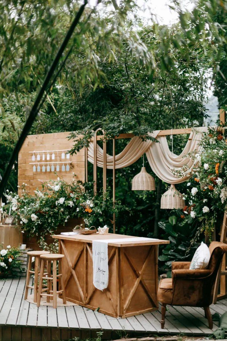 花漾婚礼堂:岛城首个湖畔&木屋婚礼场地  第22张