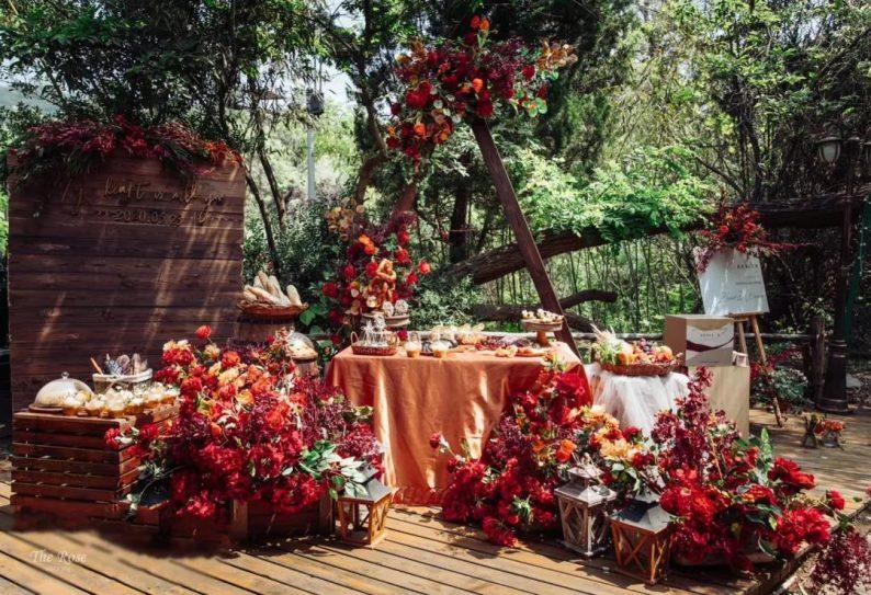 花漾婚礼堂:岛城首个湖畔&木屋婚礼场地  第27张