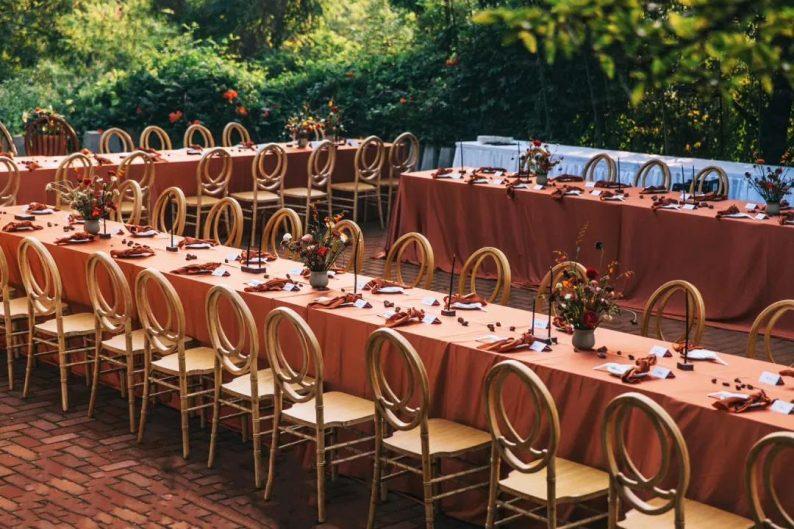 花漾婚礼堂:岛城首个湖畔&木屋婚礼场地  第30张