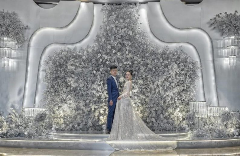 """婚礼堂发布:灌南世纪缘宴会厅""""水晶之恋"""",璀璨揭幕!  第2张"""