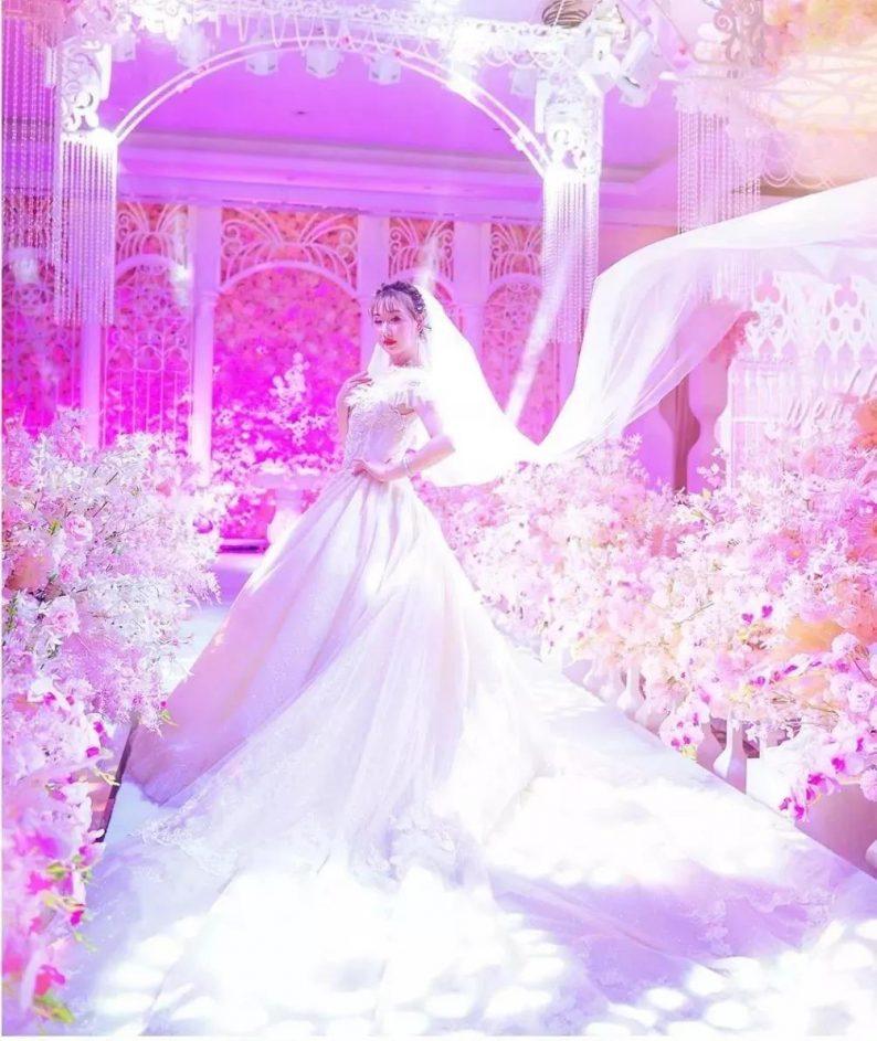 婚礼堂发布:网红城市打卡点!镶嵌在解放碑上的珍珠  第7张
