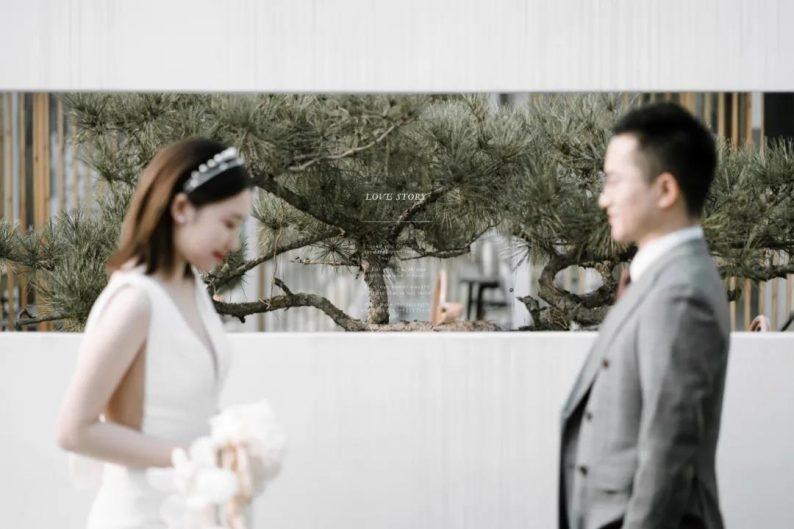 火遍抖音小红书!高逼格还自带艺术气息的超小众婚礼现场  第38张
