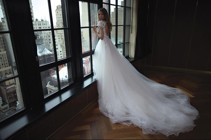 婚纱市场未来趋势分析:原创品牌崛起,婚纱店主要功能转变  第1张
