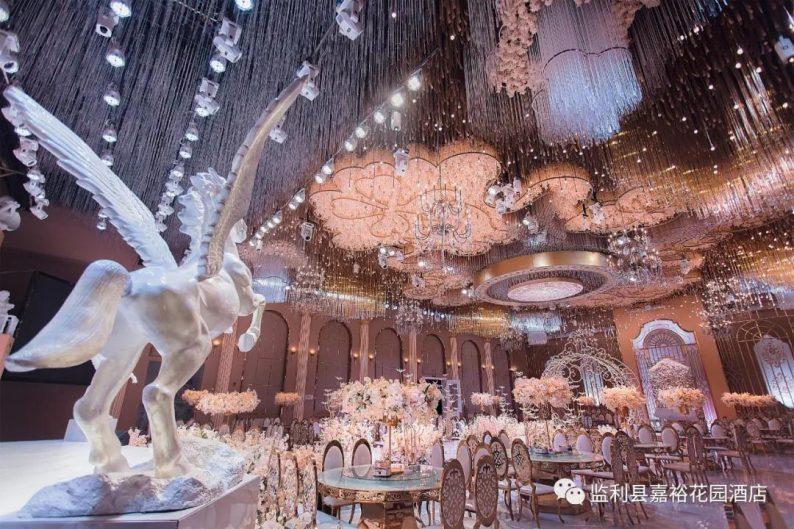 婚礼堂发布:1.5万方!大体量、多风格、高规格的一站式宴会中心  第8张