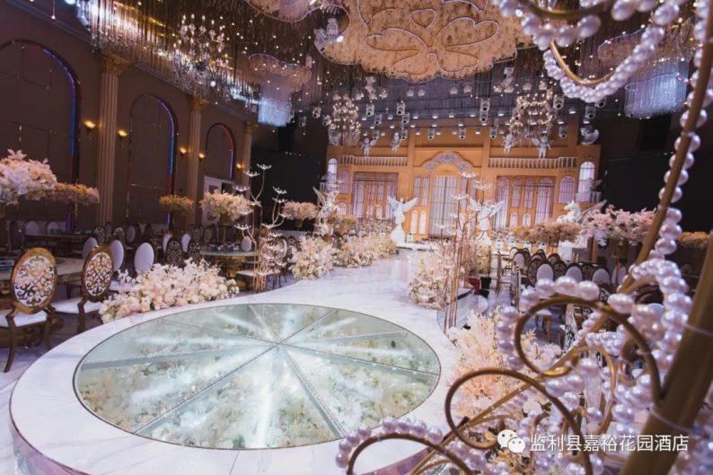婚礼堂发布:1.5万方!大体量、多风格、高规格的一站式宴会中心  第9张