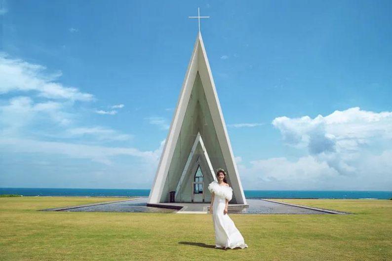 婚礼堂发布:全国唯一热带临海教堂!日月湾海岛婚礼艺术中心  第2张