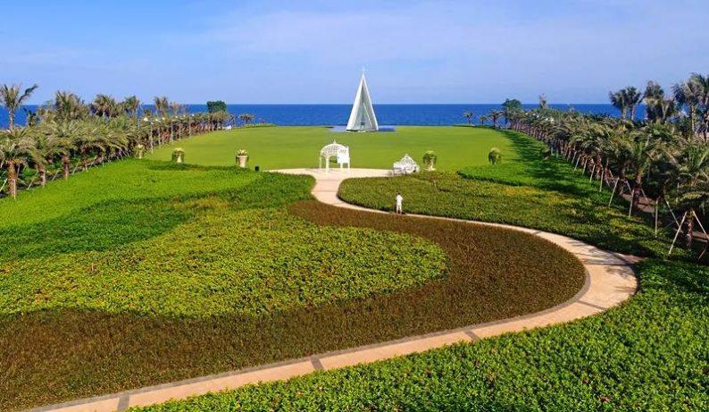 婚礼堂发布:全国唯一热带临海教堂!日月湾海岛婚礼艺术中心  第4张