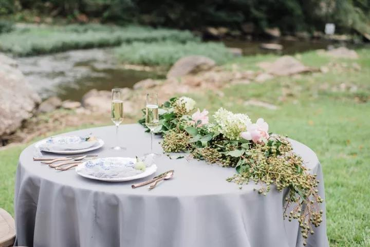 点亮你的婚礼设计!2021年潮流趋势大盘点  第4张