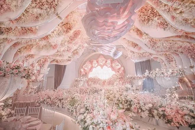 """婚礼堂发布:新地标""""小梅奔"""",格乐利雅苏州店开业!  第9张"""