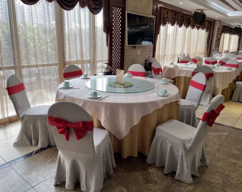 """宴会订单遭遇""""滑铁卢"""",部分酒店推出年夜饭外卖服务  第4张"""