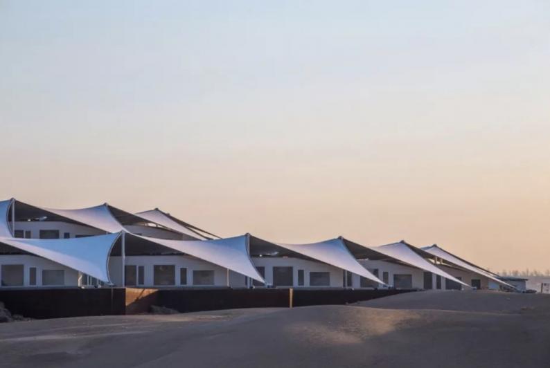 世界最美的建筑:中国响沙湾莲花酒店!  第6张