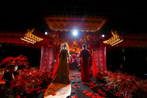 作诗催妆、去花却扇……唐朝婚礼到底有多隆重?