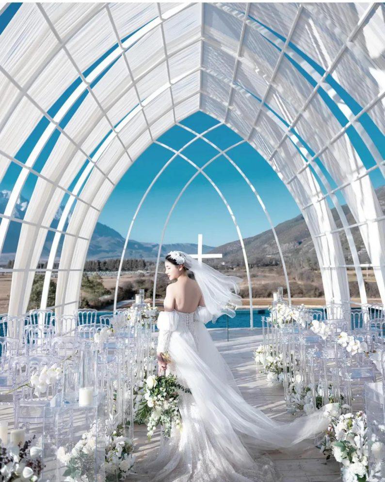 婚礼堂发布:雪山下的圣洁礼堂,丽江婚礼新地标  第7张