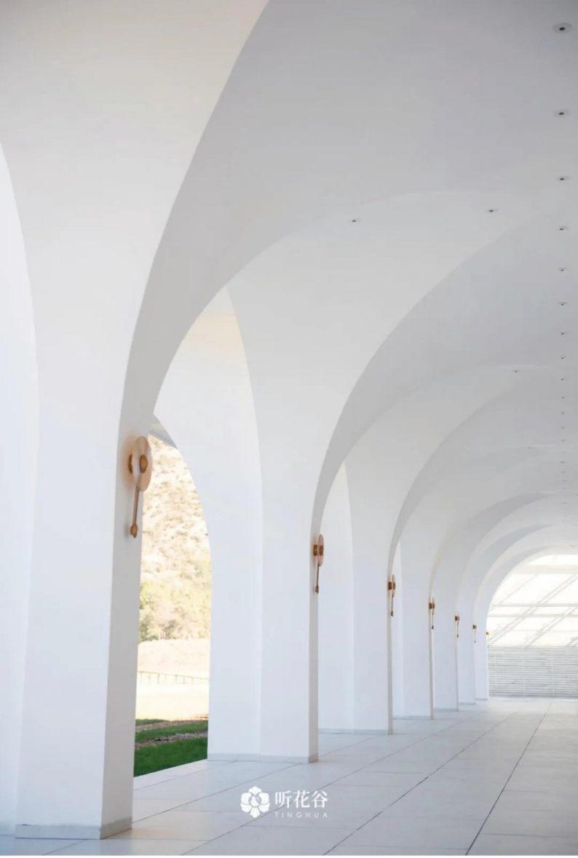 婚礼堂发布:雪山下的圣洁礼堂,丽江婚礼新地标  第10张