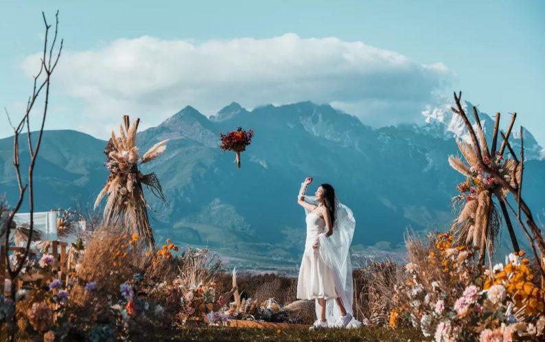 婚礼堂发布:雪山下的圣洁礼堂,丽江婚礼新地标  第29张