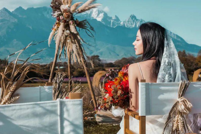 婚礼堂发布:雪山下的圣洁礼堂,丽江婚礼新地标  第30张