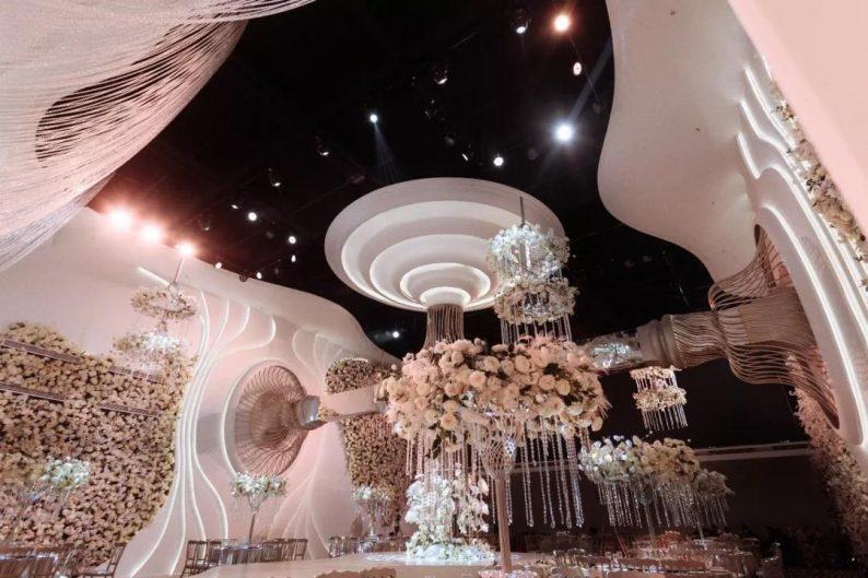 婚礼堂发布:南京首家赖梓愈亲笔设计高端宴会中心  第3张