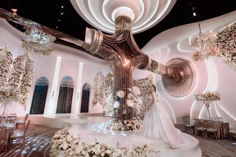 婚礼堂发布:南京首家赖梓愈亲笔设计高端宴会中心  第4张