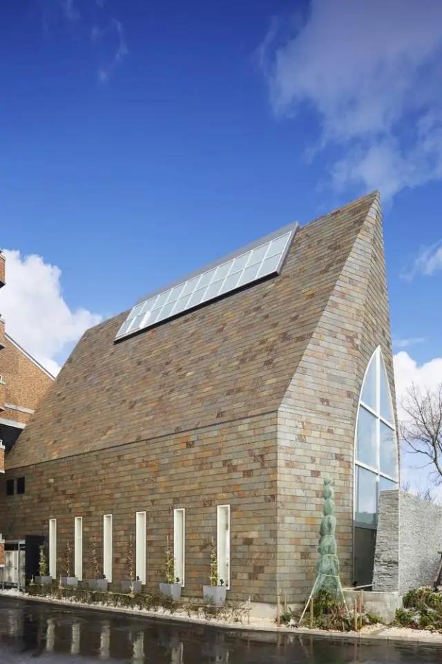 婚礼堂发布:日本St. Voile教堂设计解读  第2张