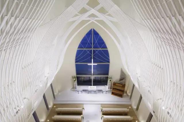 婚礼堂发布:日本St. Voile教堂设计解读  第4张