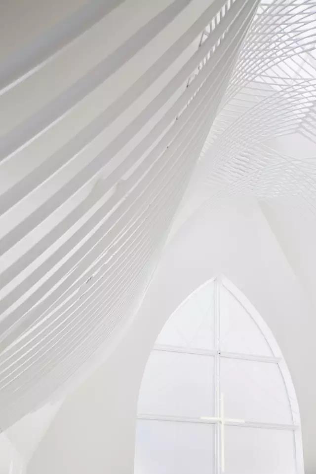 婚礼堂发布:日本St. Voile教堂设计解读  第11张