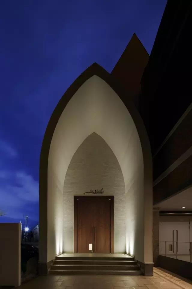 婚礼堂发布:日本St. Voile教堂设计解读  第12张
