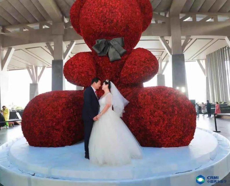 """吉尼斯世界纪录!百界打造世上""""最大的玫瑰熊""""  第10张"""