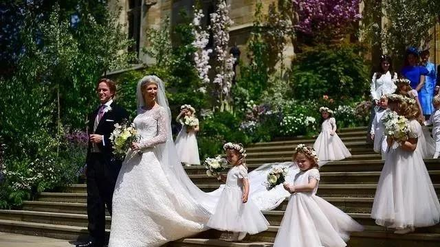 春天结婚季来临!参考这些名人的婚礼设计  第4张