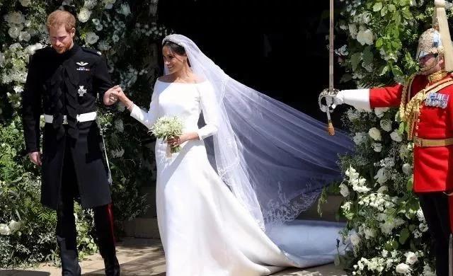 春天结婚季来临!参考这些名人的婚礼设计  第5张