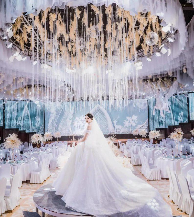 婚礼堂发布:5大宴会厅!盐城一站式婚礼主题酒店  第3张