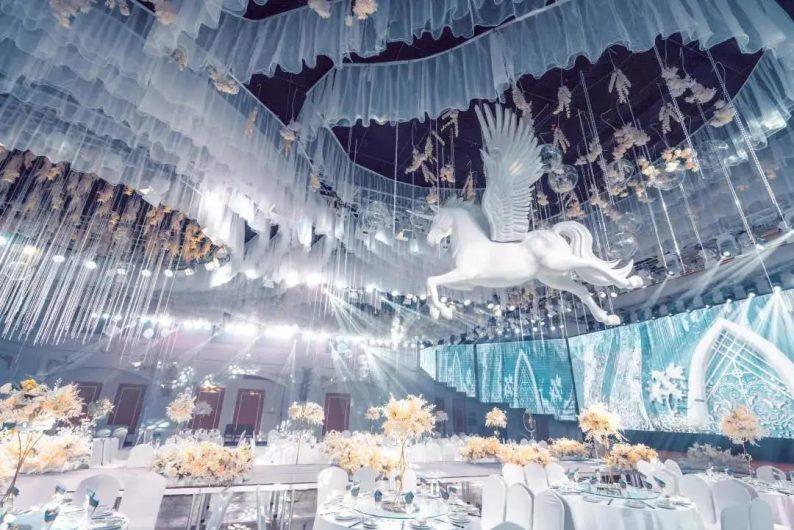 婚礼堂发布:5大宴会厅!盐城一站式婚礼主题酒店  第6张