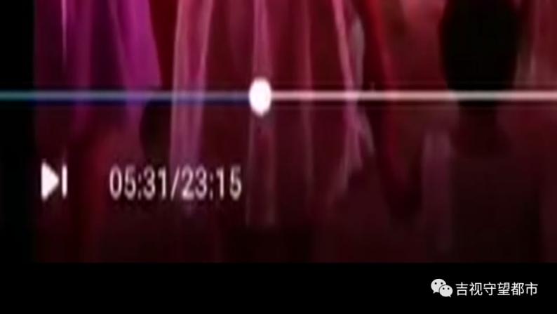 23分钟婚礼视频都是背影!婚庆公司:你选了最低档!  第4张