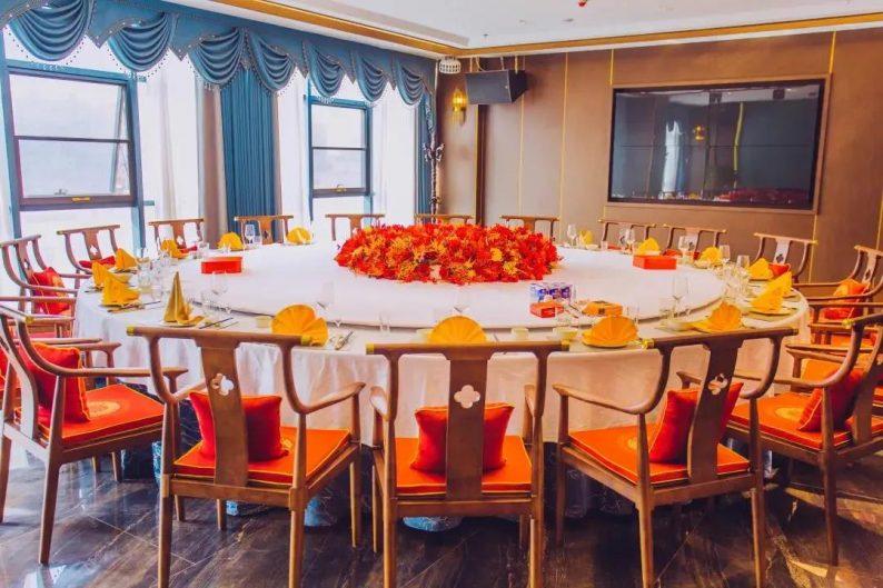 婚礼堂发布:5大宴会厅,3600平米!西北地区一站式婚宴酒店  第16张
