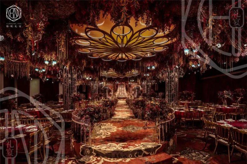 婚礼堂发布:4大主题厅!中山百万级奢华婚宴酒店  第2张