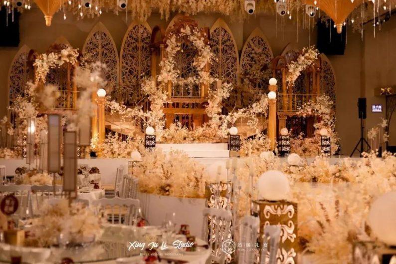 婚礼堂发布:4大主题厅!中山百万级奢华婚宴酒店  第7张