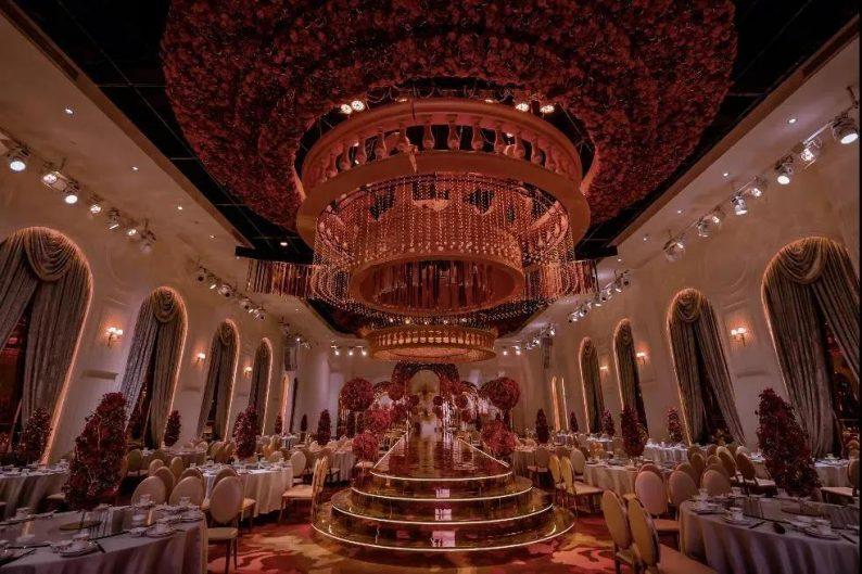 婚礼堂发布:4大宴会厅!江苏四线城市婚礼主题宴会酒店  第10张