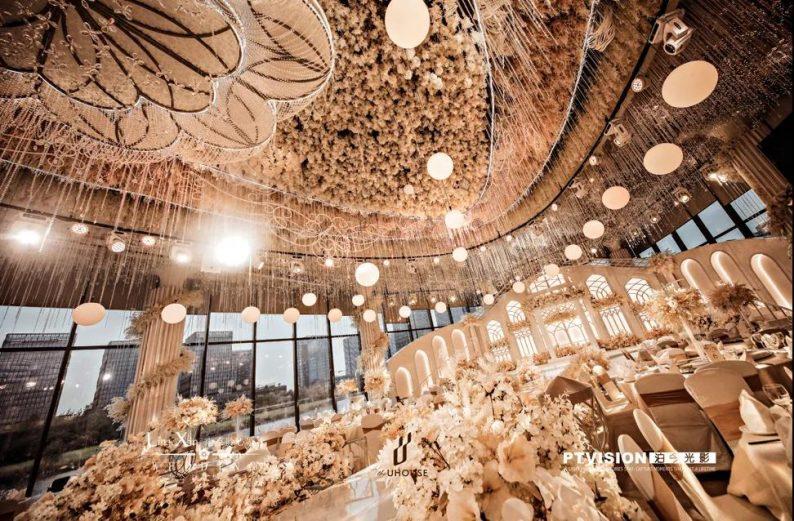 婚礼堂发布:南京独家270度落地透视环湖宴会厅  第5张