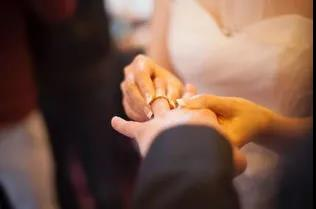 2020南宁结婚大数据:4.3万对新人结婚,1.9万对夫妻离婚  第2张